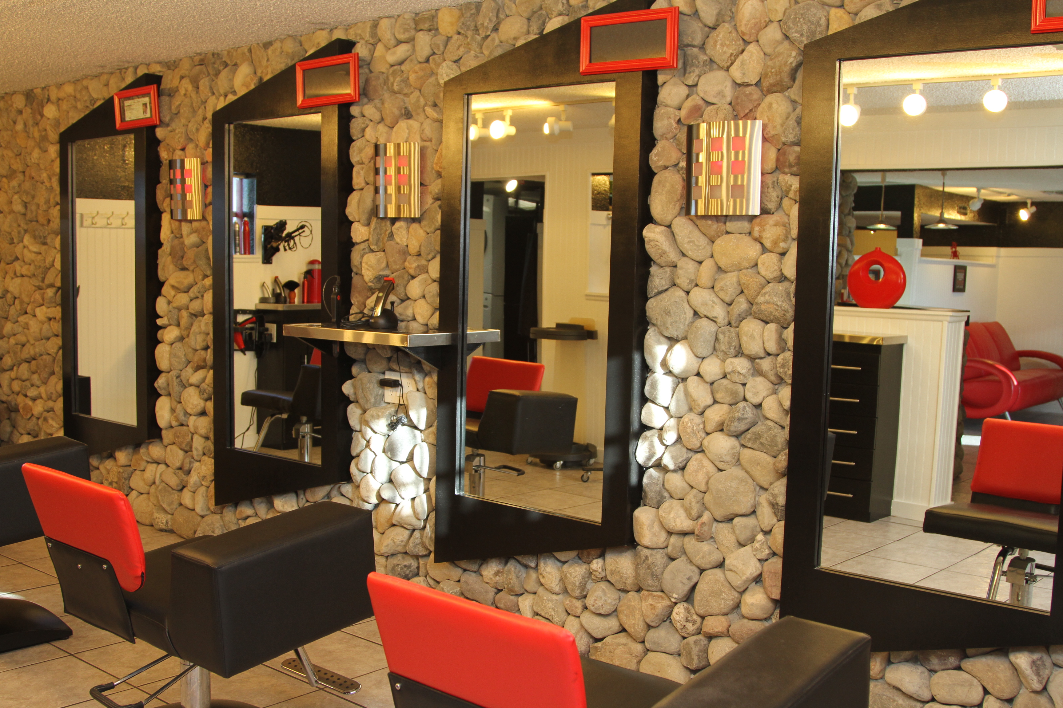 HAIRTECK-HAIR-SALON